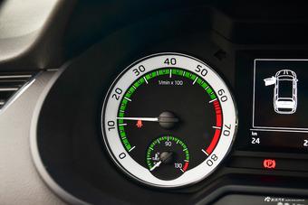2018款明锐旅行版1.2T TSI230 DSG豪华版