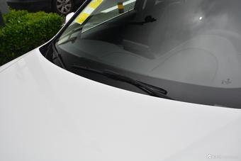 2018款宝马3系2.0T自动320Li 时尚型