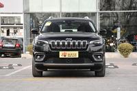 实拍|新款Jeep自由光 分体式头灯被取消