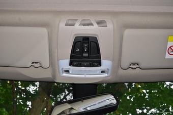 2018款宝马3系2.0T自动320Li 领先型M运动套装