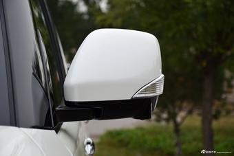 2017款途乐5.6L自动标准型