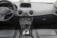 2016款雷诺科雷傲2.0L自动改款两驱舒适版