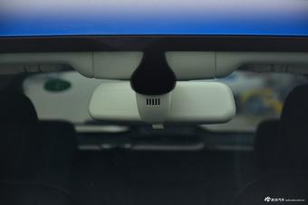 2017款众泰SR9 2.0T自动极致之路版