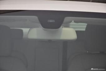 2017款改款奔驰C级C180L 1.6T自动时尚型运动版