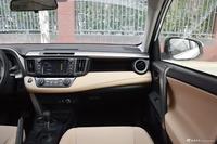 2018款RAV4荣放 2.0L自动两驱风尚X版