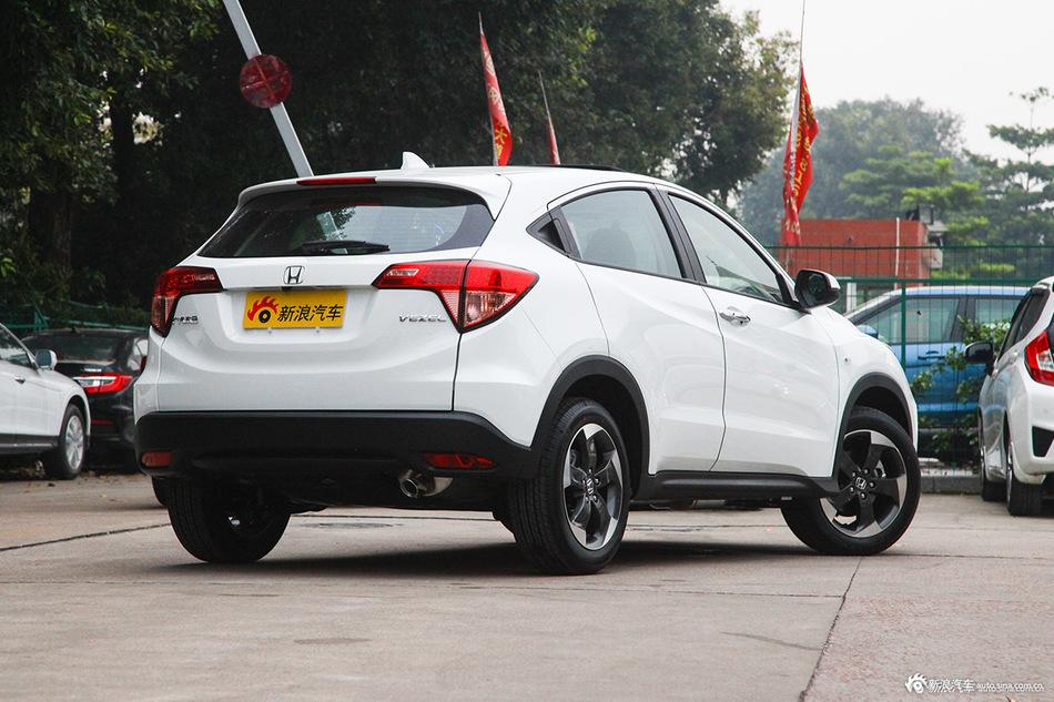 10万最火合资SUV推新款 实用配置升级