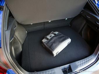 超动感 丰田最帅SUV C-HR明年国产上市