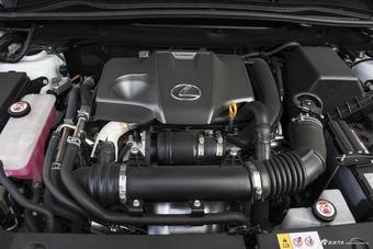 2017款雷克萨斯NX300 2.0T自动全驱 F SPORT