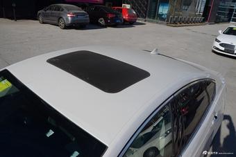 2017款蒙迪欧2.0T自动旗舰型