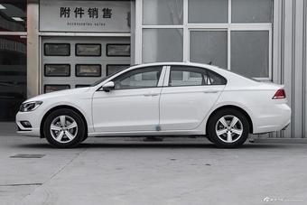 2017款凌渡1.4T自动风尚型230