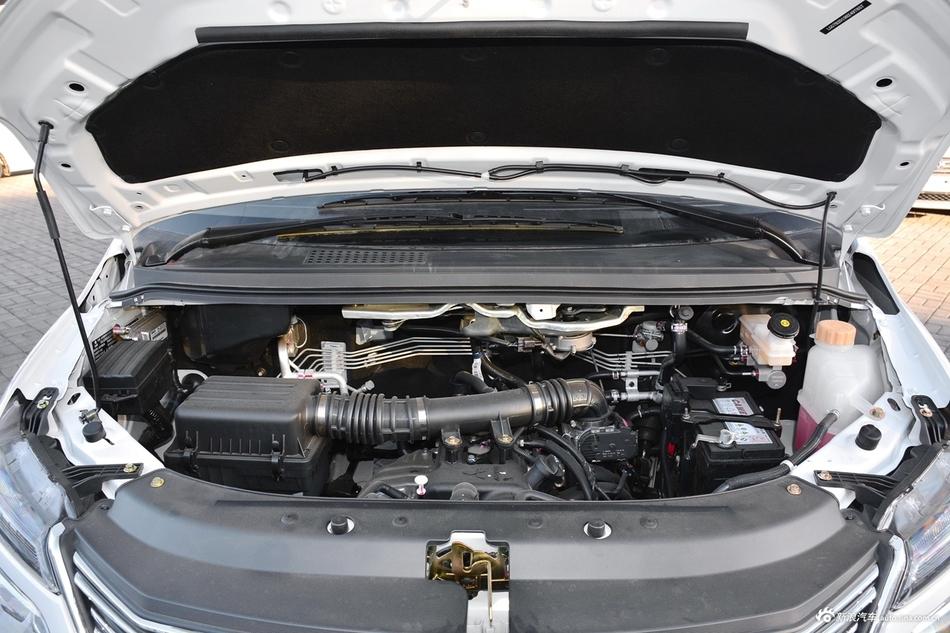 2018款菱智M5 1.6L手动7座豪华型