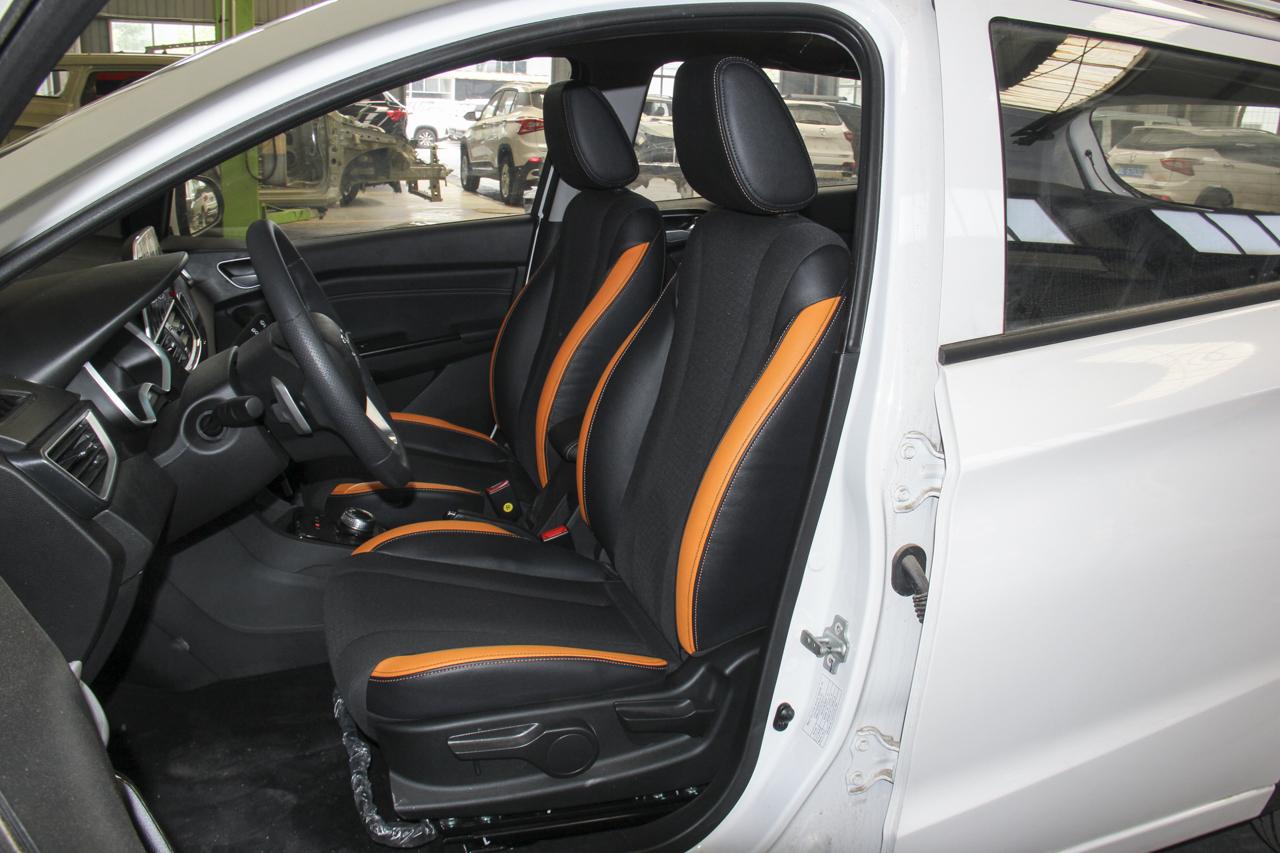 2017款宝骏310 1.5L自动舒适型