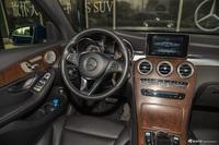 2016款奔驰GLC300 2.0T自动4MATIC动感型 宝石蓝
