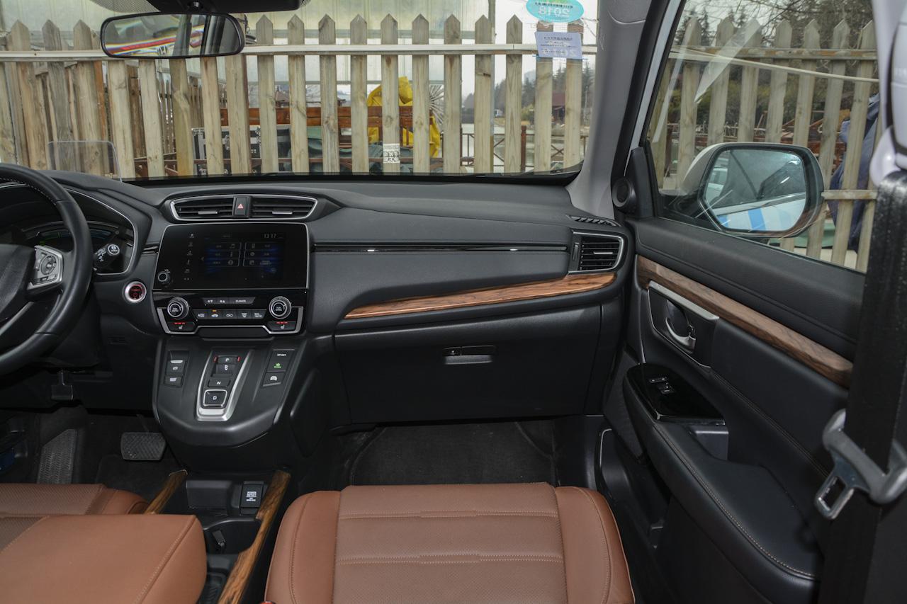 2017款CR-V混动 2.0L自动净致版