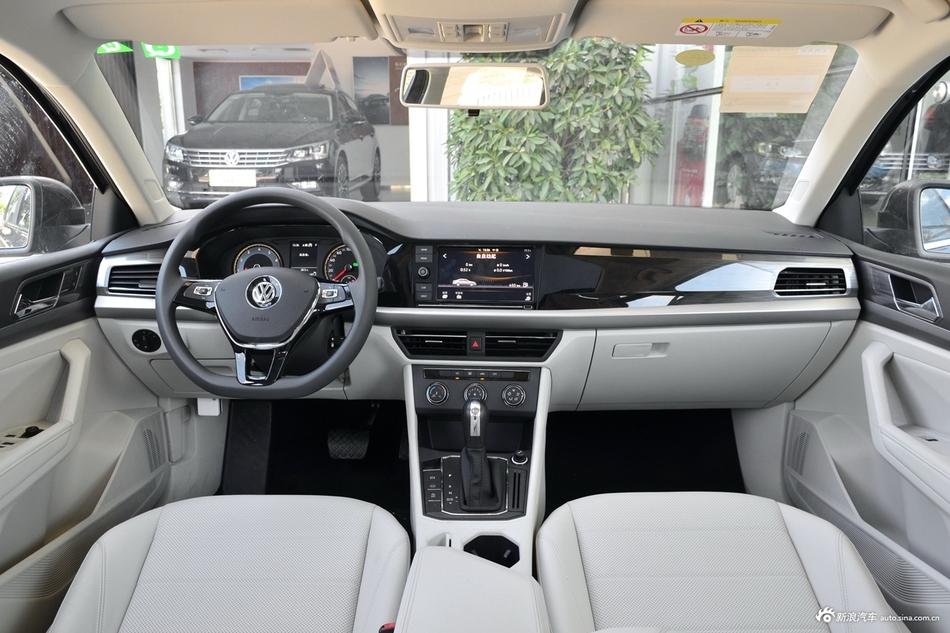 2018款朗逸1.5L手动舒适版