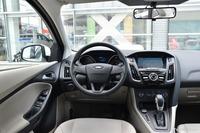 2017款福克斯三厢1.6L自动舒适型智行版