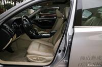 2016款英菲尼迪Q50L 2.0T自动豪华版