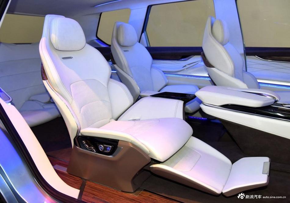 全尺寸7座SUV 内饰堪比特斯拉才卖15万