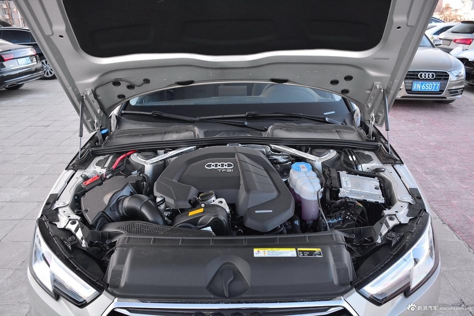 2018款奥迪A4L 1.4T自动30周年年型30 TFSI进取型