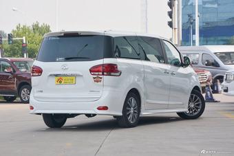 2018款上汽大通G10 PLUS 2.0T自动豪华行政版