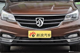 2017款宝骏730 1.5T手动尊享型7座