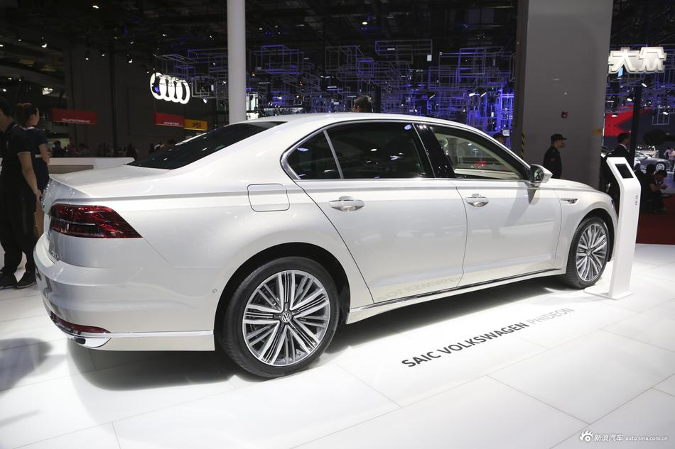 大众辉昂新车25.98万起,买车还得看价格!