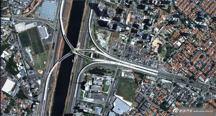 世界上复杂的立交桥 专治老司机