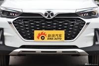 2018款北汽绅宝智行1.5T手动精英版