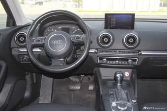 2016款奥迪A3 1.8T自动Limousine 40TFSI豪华型