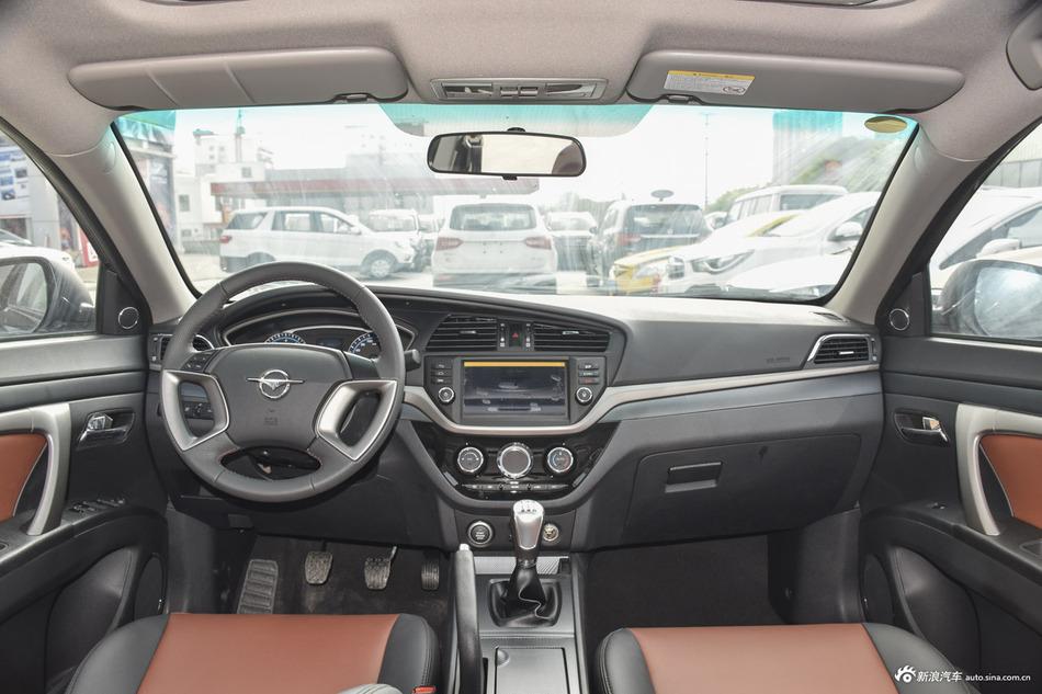 2017款海马M6 1.5T手动豪华型