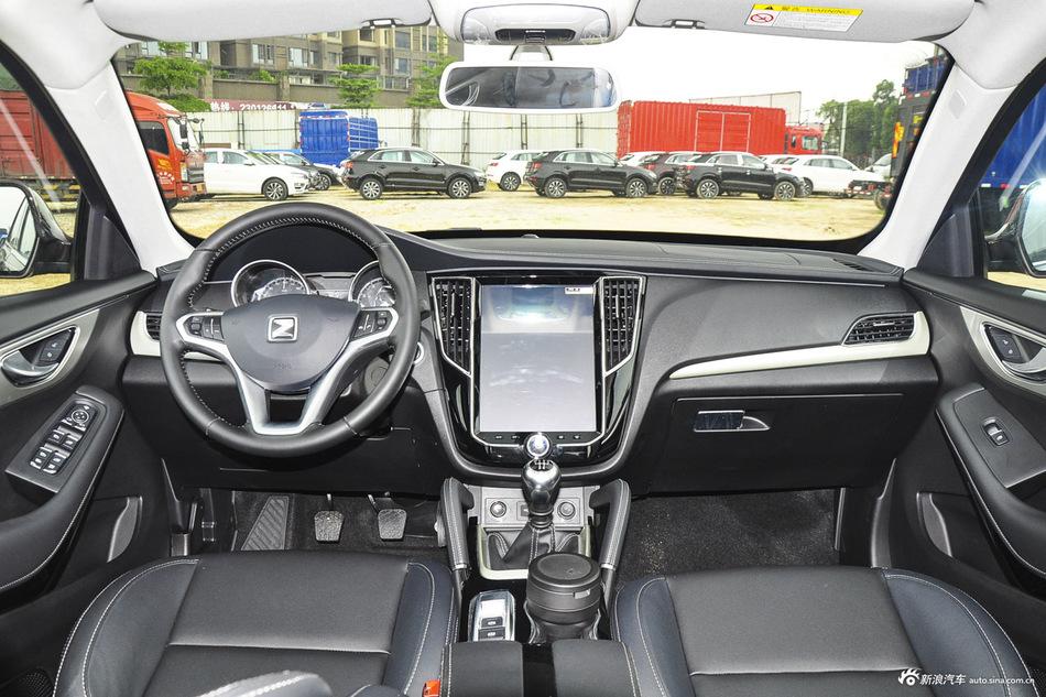 2016款众泰SR7 1.5T手动魔方之心版