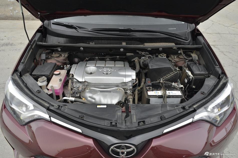 2018款RAV4荣放 2.5L自动四驱精英i版