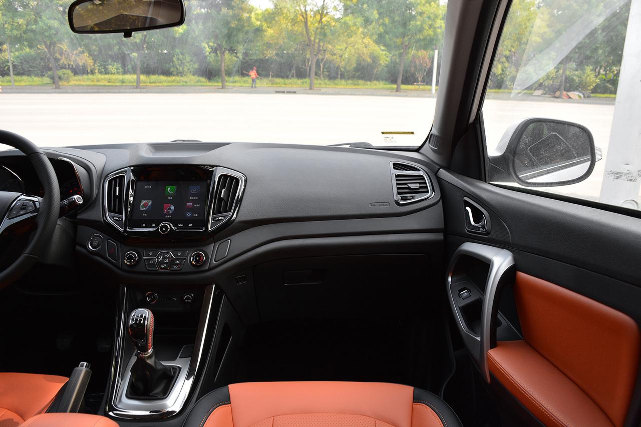 2017款凯翼X5 1.5T手动尊贵型