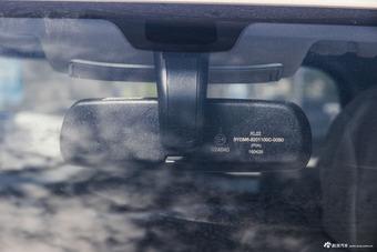 2016款比亚迪元1.5L手动舒适型