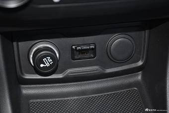 2018款欧尚X70A 1.5L手动豪华型