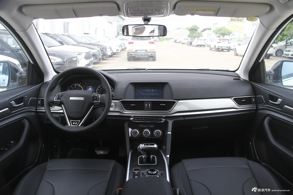2018款哈弗H6运动版1.5T自动两驱精英型红标