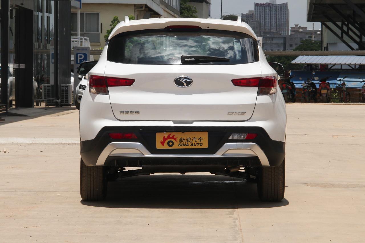 2018款东南DX3 1.5L手动尊贵型