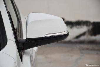 2017款宝马3系2.0T自动M运动型330i(白)