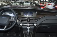 2018款君马S70 1.5T手动标准型
