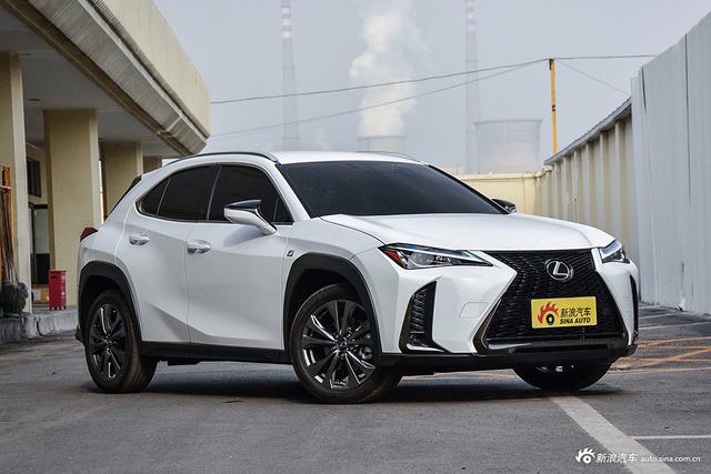 """抢先实拍雷克萨斯全新UX 汽车中的""""爱马仕"""""""