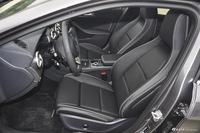 2016款奔驰GLA级 GLA200 1.6T自动时尚型