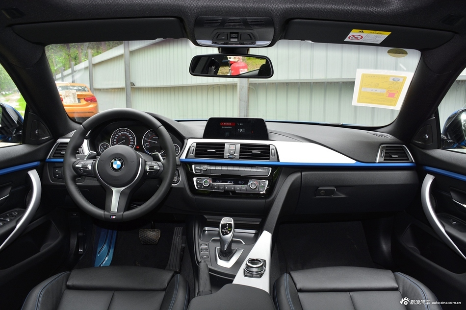 2017款宝马4系2.0T自动425i Gran Coupe尊享型M运动套装