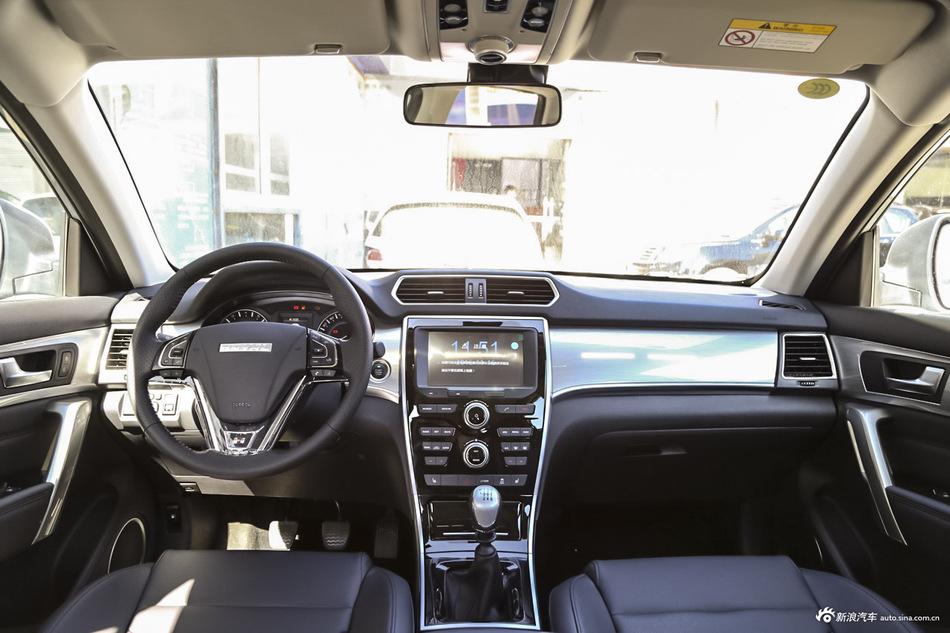 2017款哈弗H2 1.5T手动两驱舒适型红标