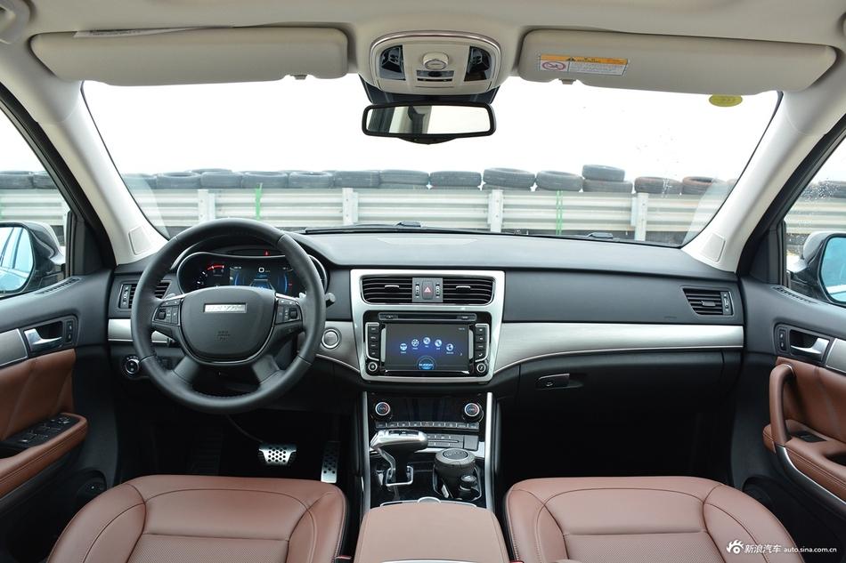 2017款哈弗H8 2.0T自动柴油两驱智享型