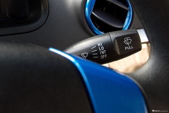 2017款奔奔mini-e 舒适型