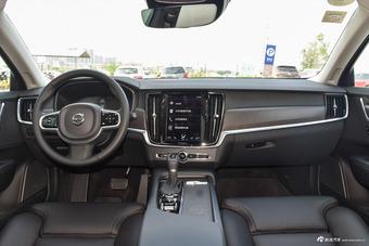 2017款沃尔沃V90 Cross Country 2.0T自动T5 AWD智远版