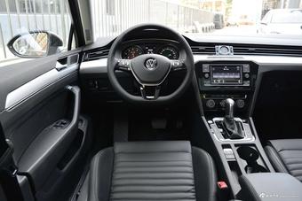 2018款一汽大众迈腾 280TSI DSG 领先型