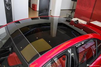 2017款Giulia 2.0L自动280HP Milano上市限量版