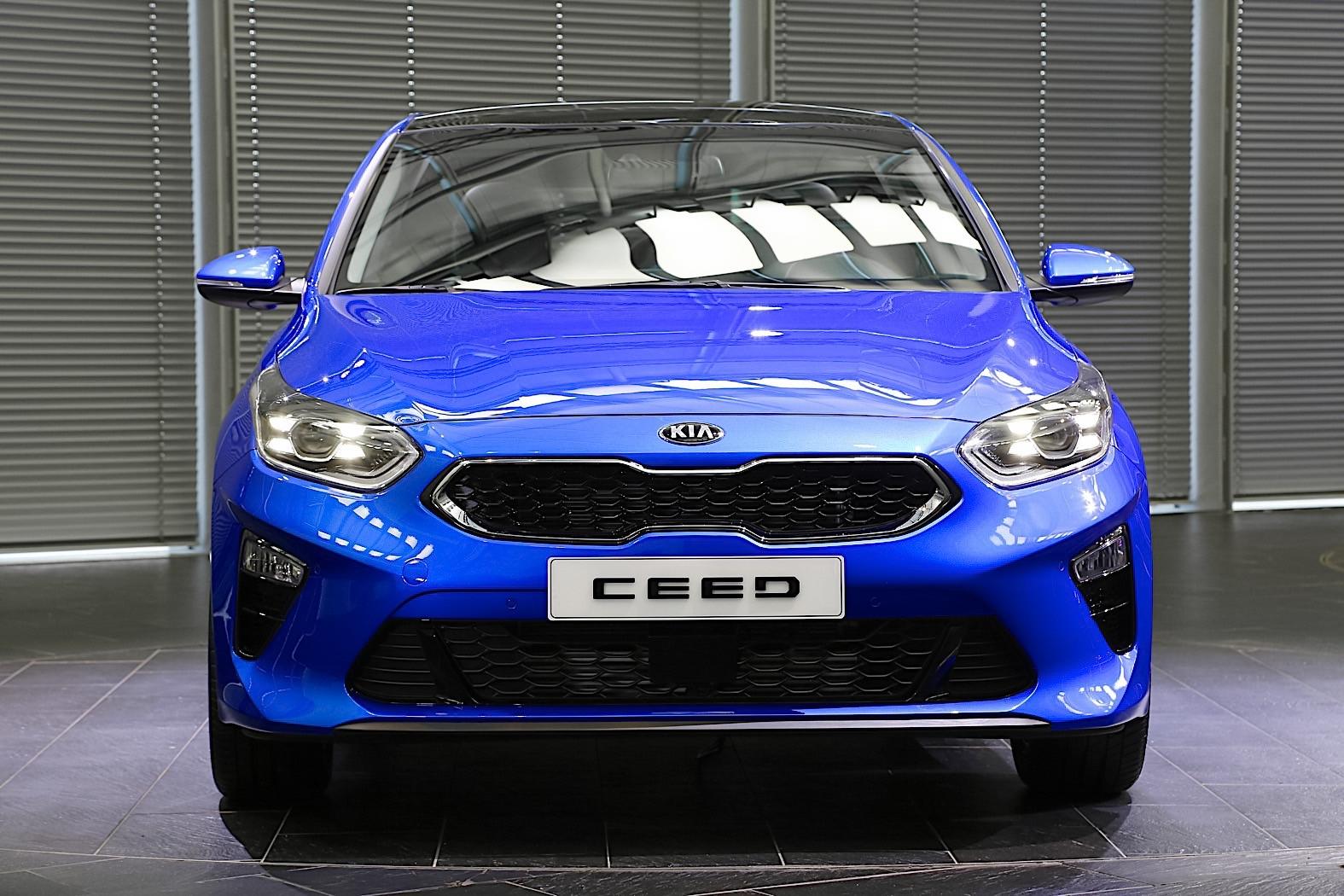 实拍|起亚全新两厢车Ceed 3月车展首发