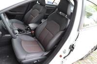 2016款奔腾B70 1.8T自动运动尊贵型